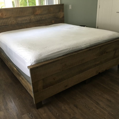 Complete Bed in Reclaimed Weathered White Pine