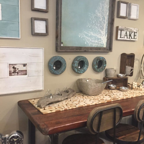 Showroom: Table and Wall Accents
